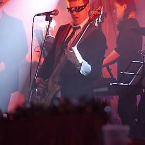 band_2010_002
